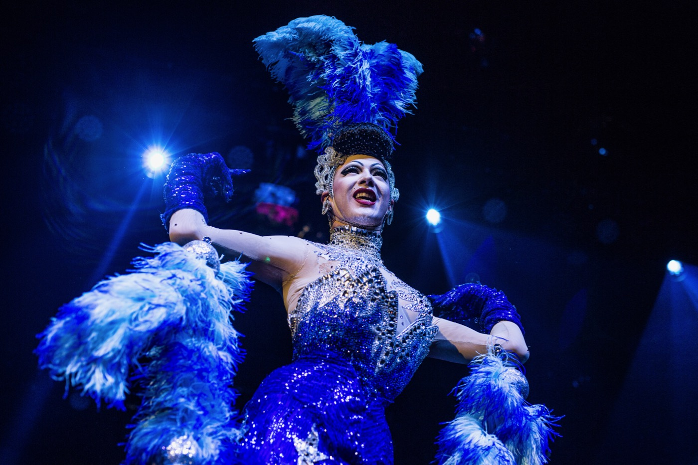 Violet Chachki Gives The Complete Burlesque Package At Lucha Vavoom ...
