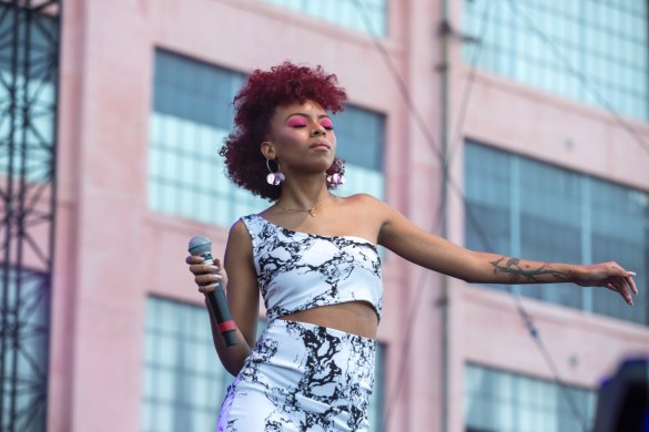 Ravyn Lenae for All My Friends @ Row DTLA 8/19/18. Photo by Derrick K. Lee, Esq. (@Methodman13) for www.BlurredCulture.com.