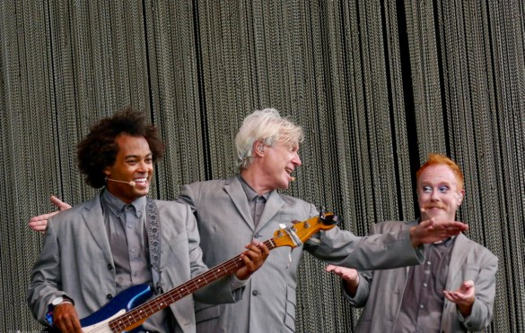 David Byrne @ Forest Hills Stadium 9/15. Photo by Vivian Wang (@Lithophyte) for www.BlurredCulture.com.