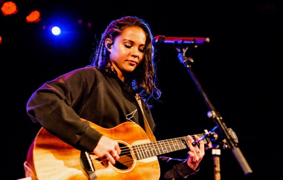Breanna Yde @ The Roxy 9/21/18.  Photo by Derrick K. Lee, Esq. (@Methodman13) for www.BlurredCulture.com.