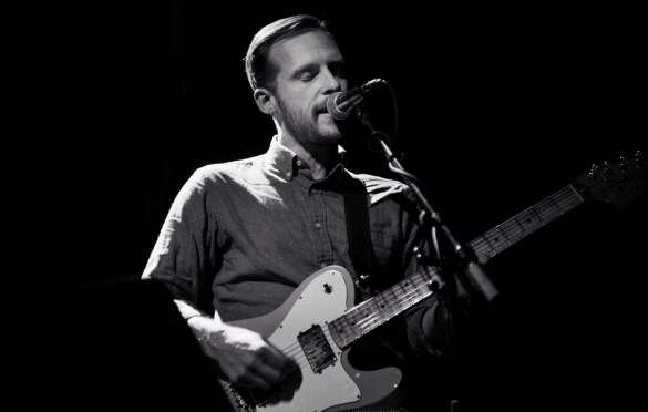 Kevin Devine @ Rough Trade for Tiny Changes: A Celebration of the Songs of Scott Hutchison 12/5/18. Photo by Vivian Wang (@Lithophyte) for www.BlurredCulture.com.