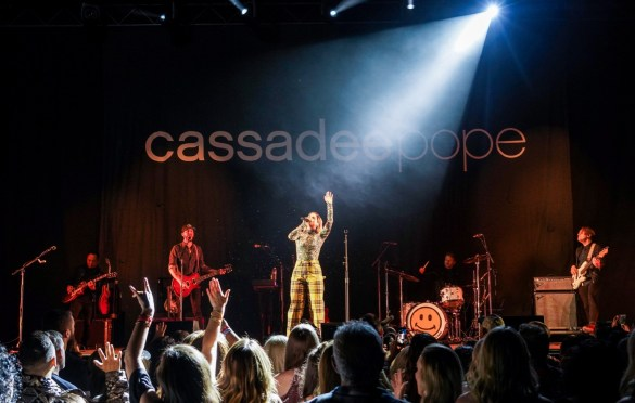 Cassadee Pope @ The Wiltern Hollywood 3/29/19. Photo by Betsy Martinez (@BetsyMartinezPhotography) for www.BlurredCulture.com.