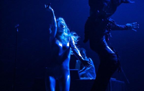 ionnalee @ The Fonda 5/10/19. Photo by Emilie Svensson (@emsven13) for www.BlurredCulture.com.
