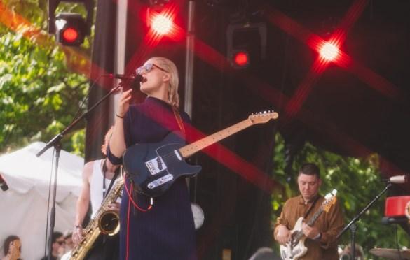 Cate Le Bon @ Pitchfork Music Festival 7/20/19. Photo by Aubrey Wipfli (@aubreyy) for www.BlurredCulture.com.