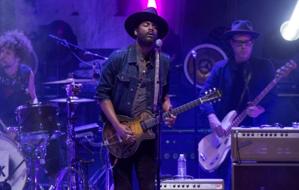 Gary Clark Jr @ Hollywood Bowl 9/29/19. Photo by Steph Velastegui (@Stephtonesphoto) for www.BlurredCulture.com.