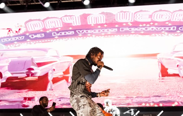 Hoodrich Pablo @ Day N Vegas 11/3/19. Photo by Ian Zamorano (@ChamoIsDead) for www.BlurredCulture.com.
