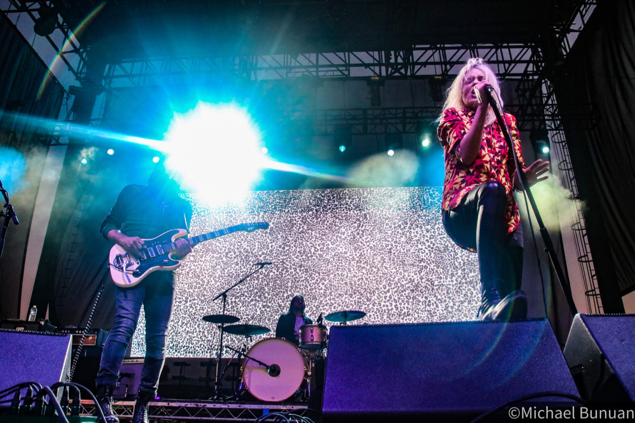 The Kills @ FivePoint Amphitheatre 10/26/19. Photo by Michael Bunuan. (@Michael_Bunuan_Photogrpahy) for www.BlurredCulture.com.