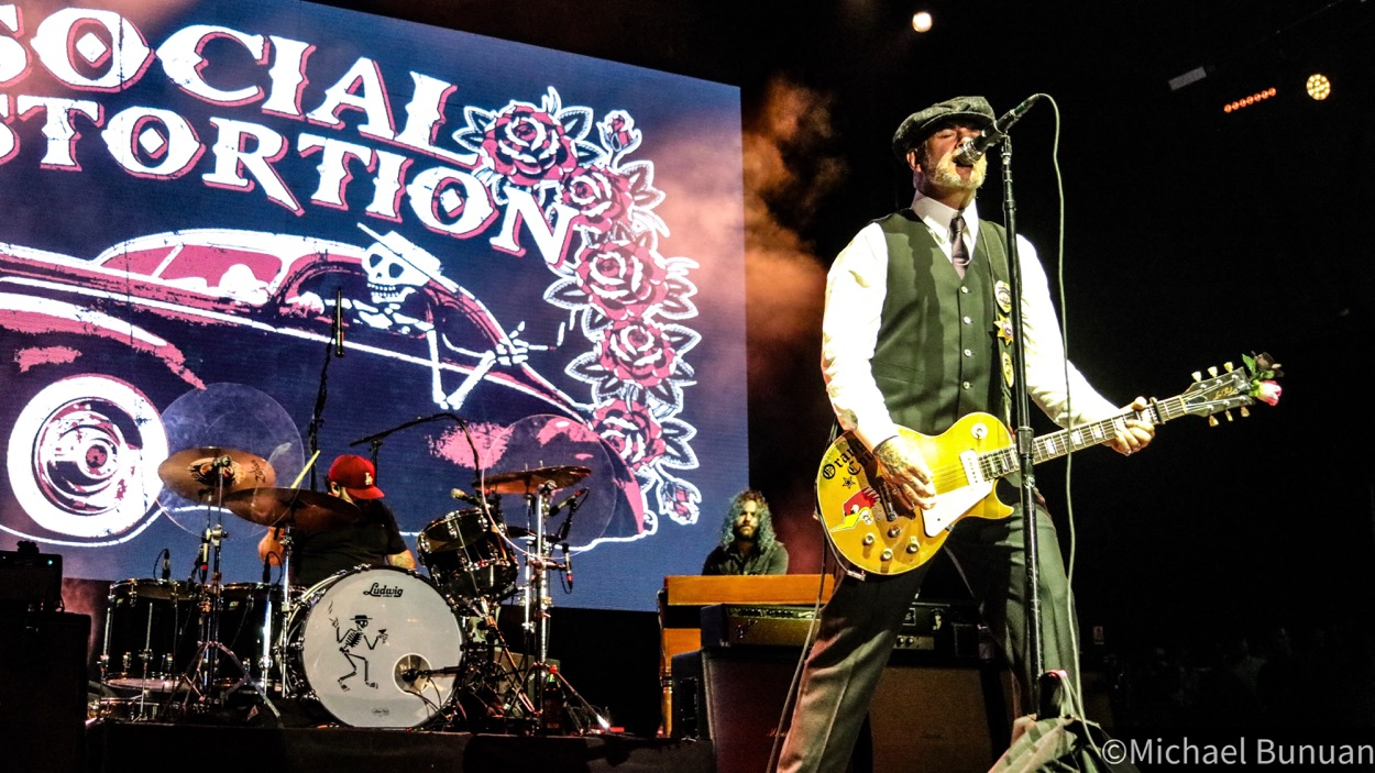 Social Distortion @ FivePoint Amphitheatre 10/26/19. Photo by Michael Bunuan. (@Michael_Bunuan_Photogrpahy) for www.BlurredCulture.com.