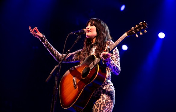 Kacey Musgraves @ Intersect Music Festival 12/6/19. Photo by Derrick K. Lee, Esq. (@Methodman13) for www.BlurredCulture.com.