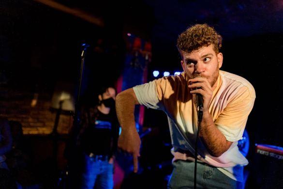 goodboy noah @ Bar Lubitsch for We Found New Music 8/12/21. Photo by Derrick K. Lee, Esq. (@Methodman13) for www.BlurredCulture.com.