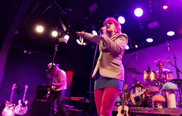 Caroline Kingsbury at Teragram Ballroom 8/19/21. Photo by Derrick K. Lee, Esq. (@Methodman13) for www.BlurredCulture.com.