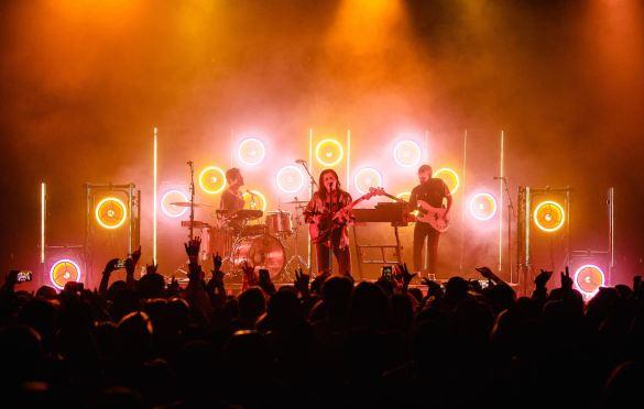 PVRIS at The Fonda 9/2/21. Photo by Derrick K. Lee, Esq. (@Methodman13) for www.BlurredCulture.com.