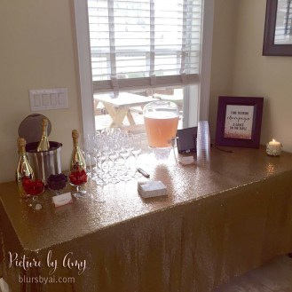 Bridal shower: time to drink champagne and dance on the table