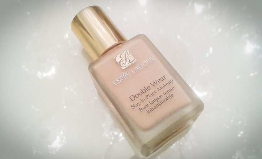 estee-lauder-double-wear-foundation-1N1-Nude