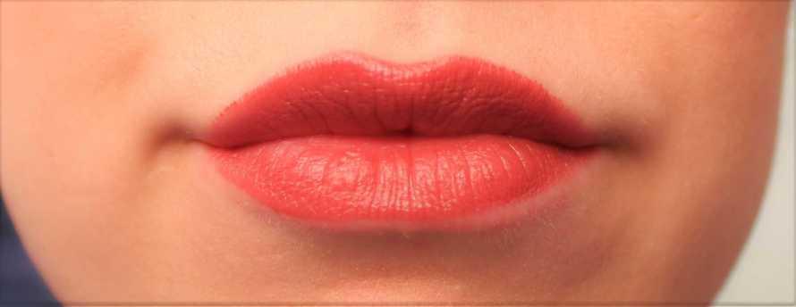 nyx-butter-gloss-lipstick-ripe-berry