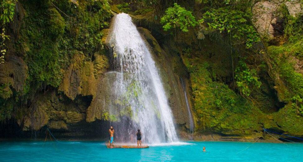 The Mesmerizing Beauty of Kawasan Falls in Cebu | Blushing Geek