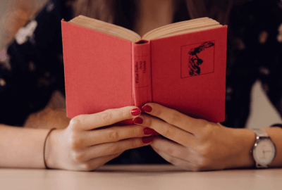 Geeky Discussions - When Did You Start Reading as a Hobby? | Blushing Geek