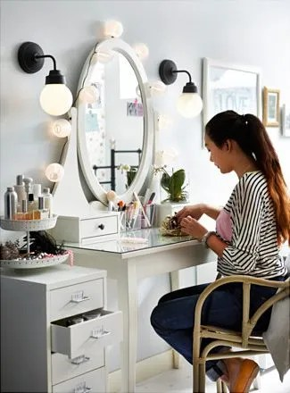 IKEA Hemnes Dressing table as vanity