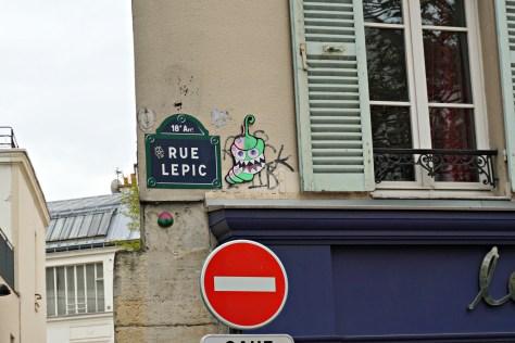 rue-lepic-18-arr-street-art-creature