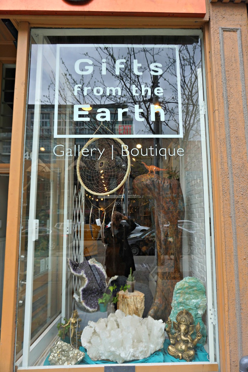 gifts-from-the-earth-boutique-queen-st-west-toronto