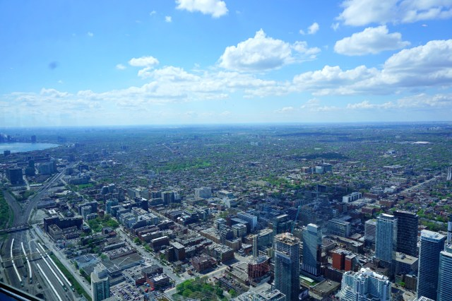 view-of-toronto-from-cn-tower