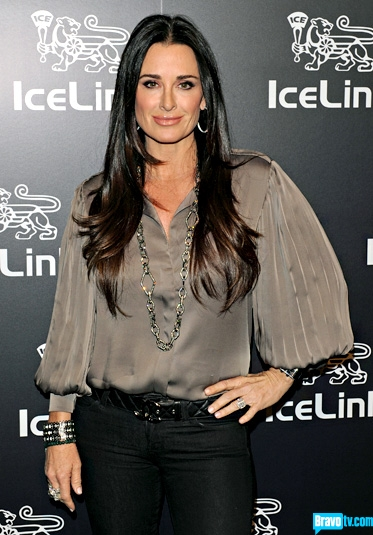 Kyle Richards looking gorgeous in a nude lip gloss