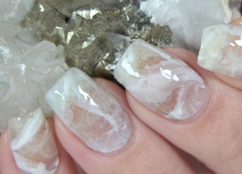 diy-crystal-nail-art-clear-quartz