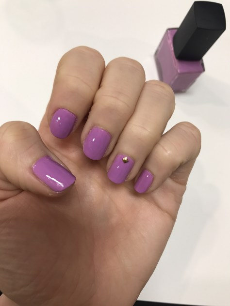 Color-camp-manicure-purple