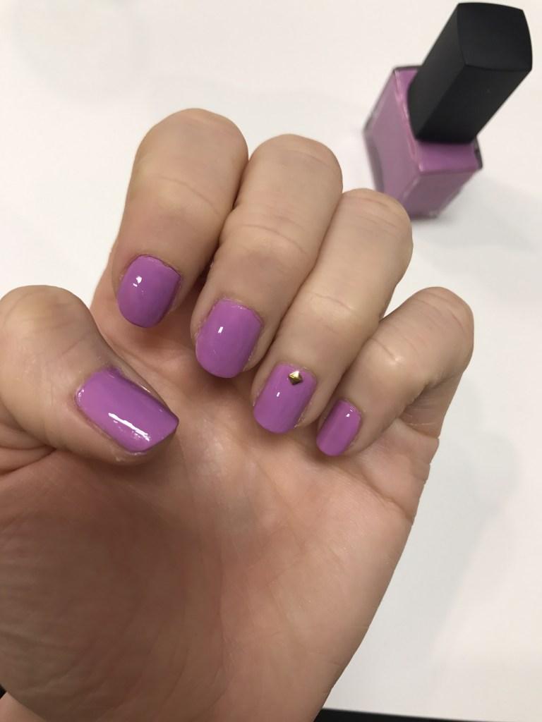 Color-camp-manicure-purple