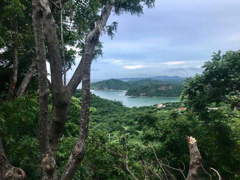 san-juan-del-sur-nicaragua-jungle-beach
