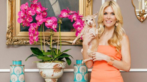 Tinsley Mortimer with her pup