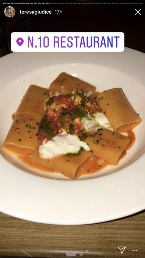 Teresa Giudice eating at No. 10 Restaurant in Beverly Hills
