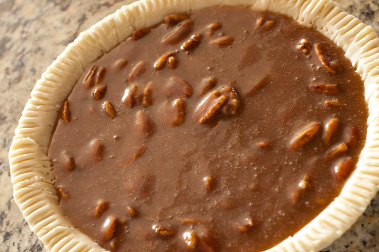 Easy and Simple Pecan Pie