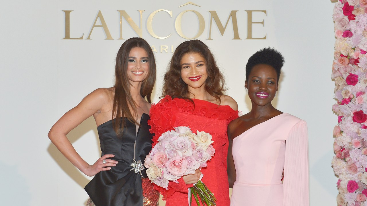 Zendaya standing with Taylor Hill and Lupita Nyong'o at her Welcome Event (Four Seasons in Beverly Hills)
