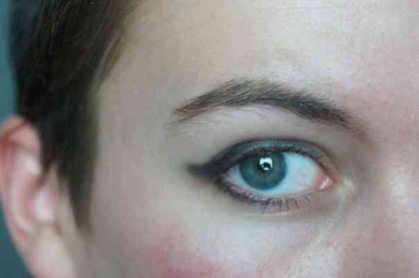 10 winged eyeliner mistakes you need to stop making asap