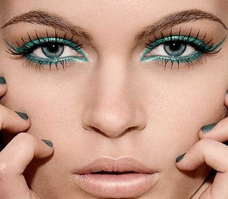12 Chic Eyeliner Tips To Make You Stand Out From The Crowd 8