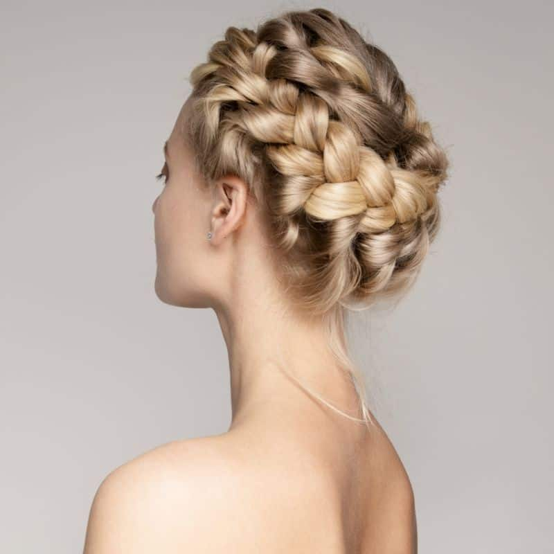 Hairstyles matching with your face 9