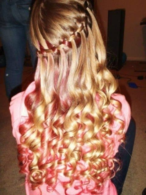 10 Fabulous And Rocking Hairstyles For Young Chic 9