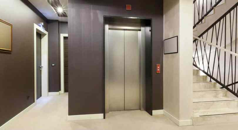 Here's How To Survive A Falling Elevator 11
