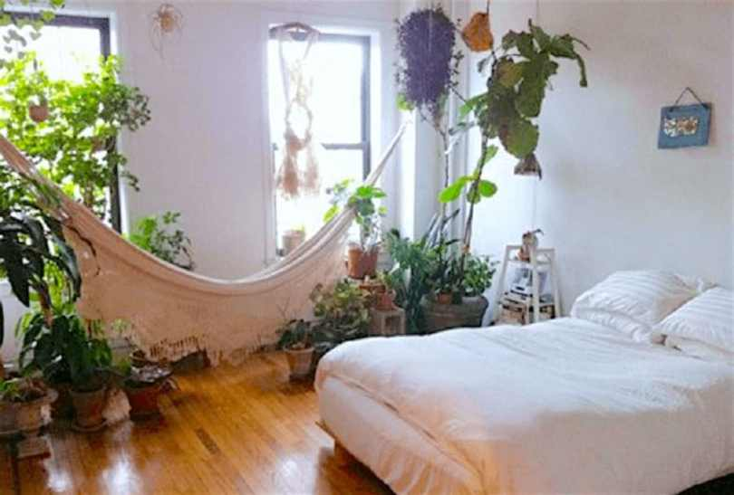 10 Common Bedroom Mistakes, Explained By A Feng Shui Expert 13