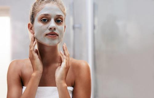 Here Are Some DIY Treatments To Tighten Your Skin 9