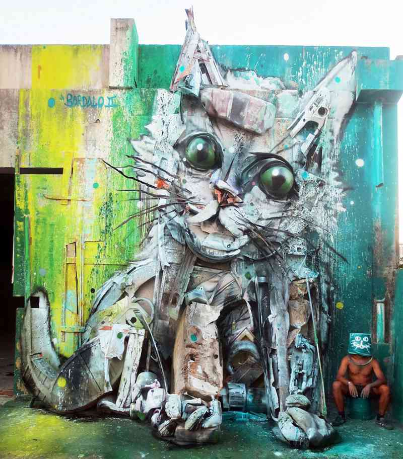 See How An Artist Turns Trash Into Animals So That It Depicts The Level Of Pollution. 8