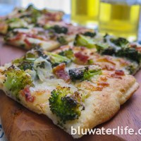 broccoli flatbread pizza ~
