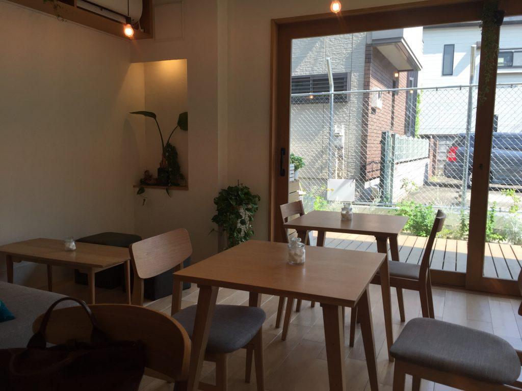 駒沢大学前 カフェ ニト 店内