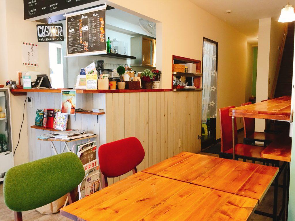 池袋駅東口 電源カフェ Cafe maruni(カフェ マルニ)