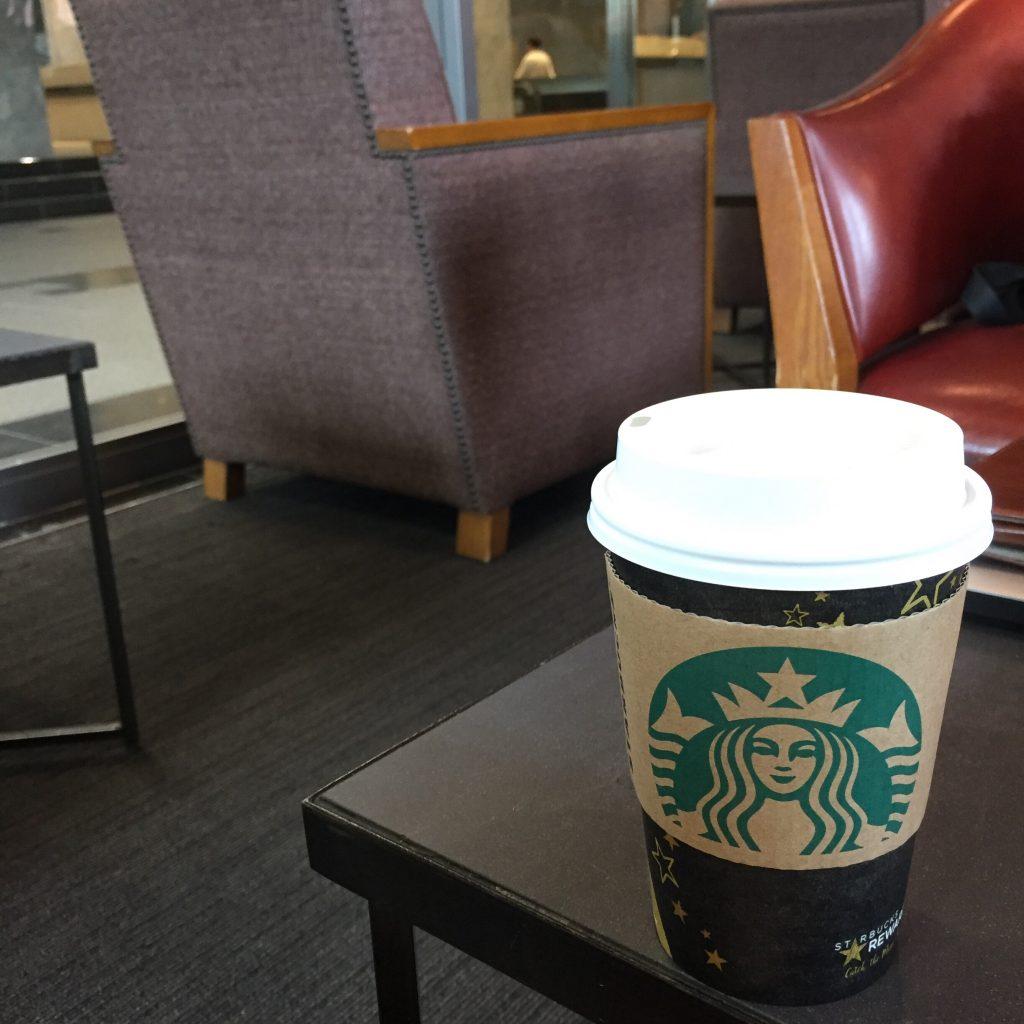 カフェ ドリンクテイクアウト カップデザイン スターバックスコーヒー