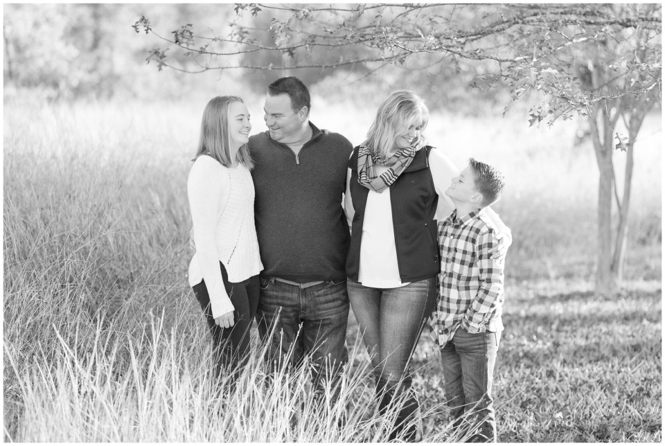 Kingwood family photographer early morning fall family portrait session