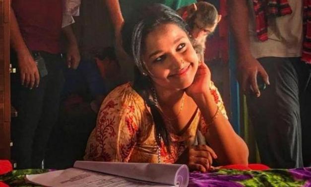 জানা গেল অমিতাভ রেজার 'রিকশা গার্ল'-এর বাংলা নাম