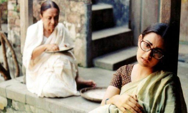 চিত্রা নদীর পারে : একটি পরিপূর্ণ অর্থের বাংলাদেশী চলচ্চিত্র