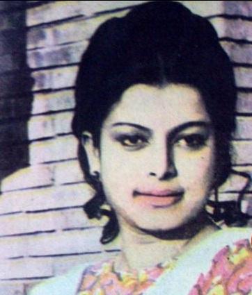 'মুখ ও মুখোশ' অভিনেত্রী জহরত আরা মারা গেছেন